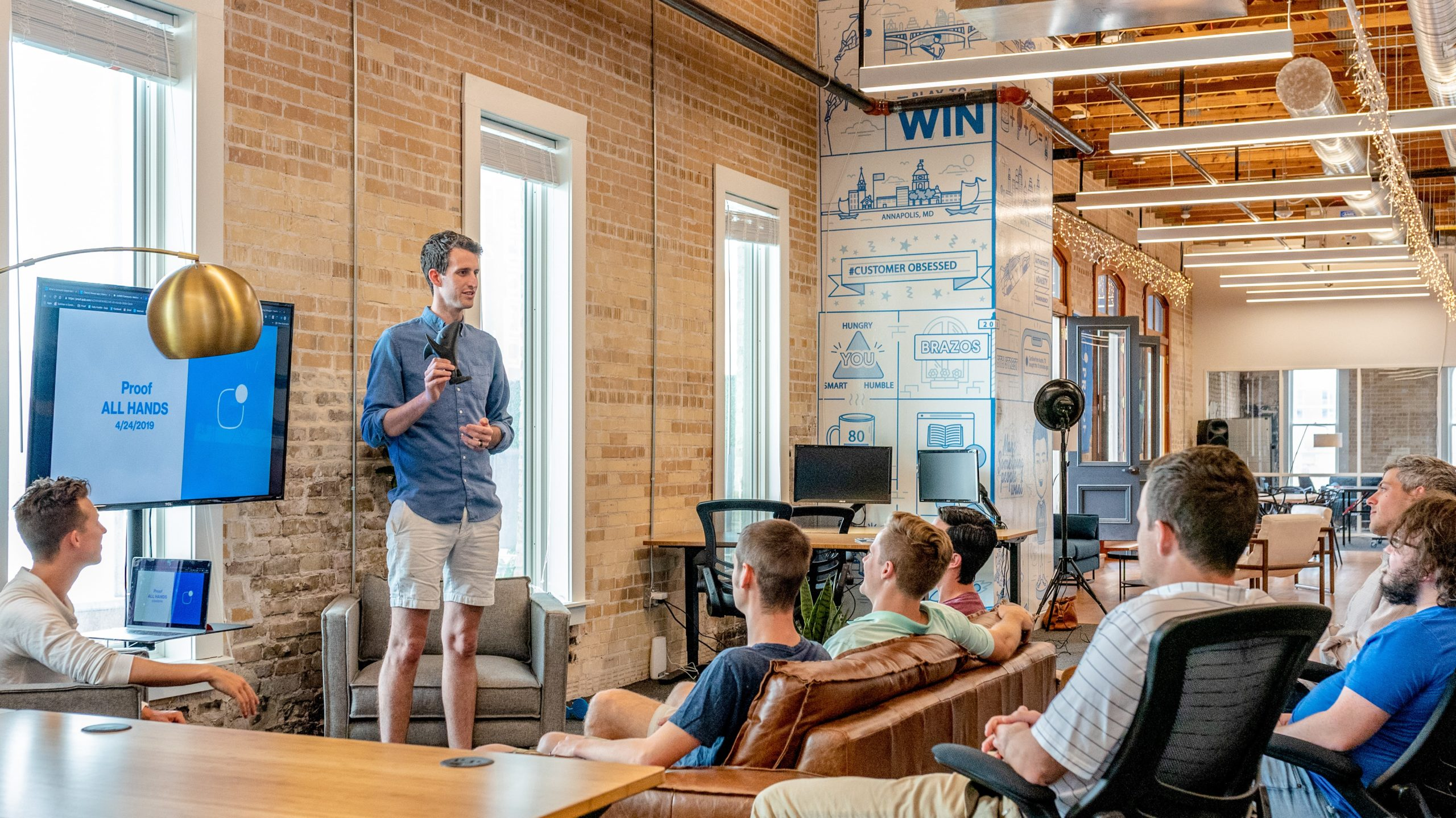 9 Crucial Factors to Become a Successful Startup Founder - VisionXPartners.com